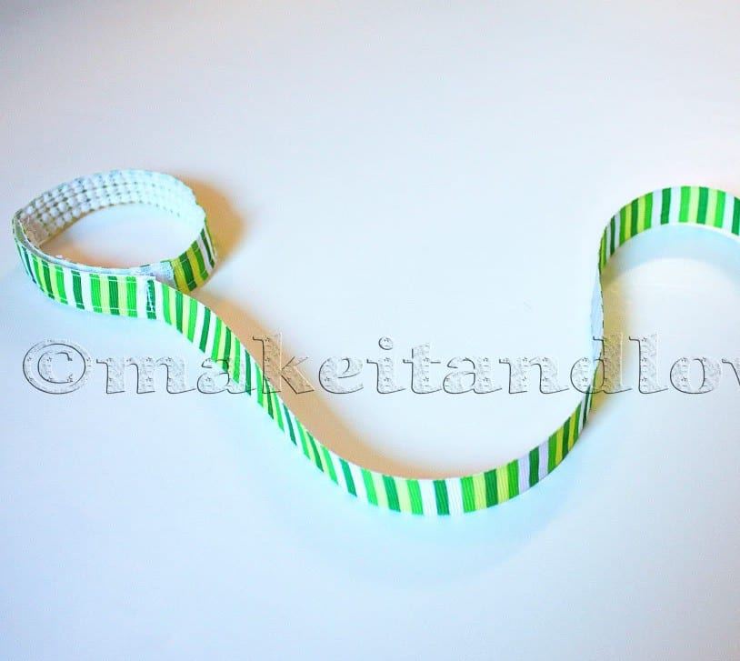 Sippy cup leash