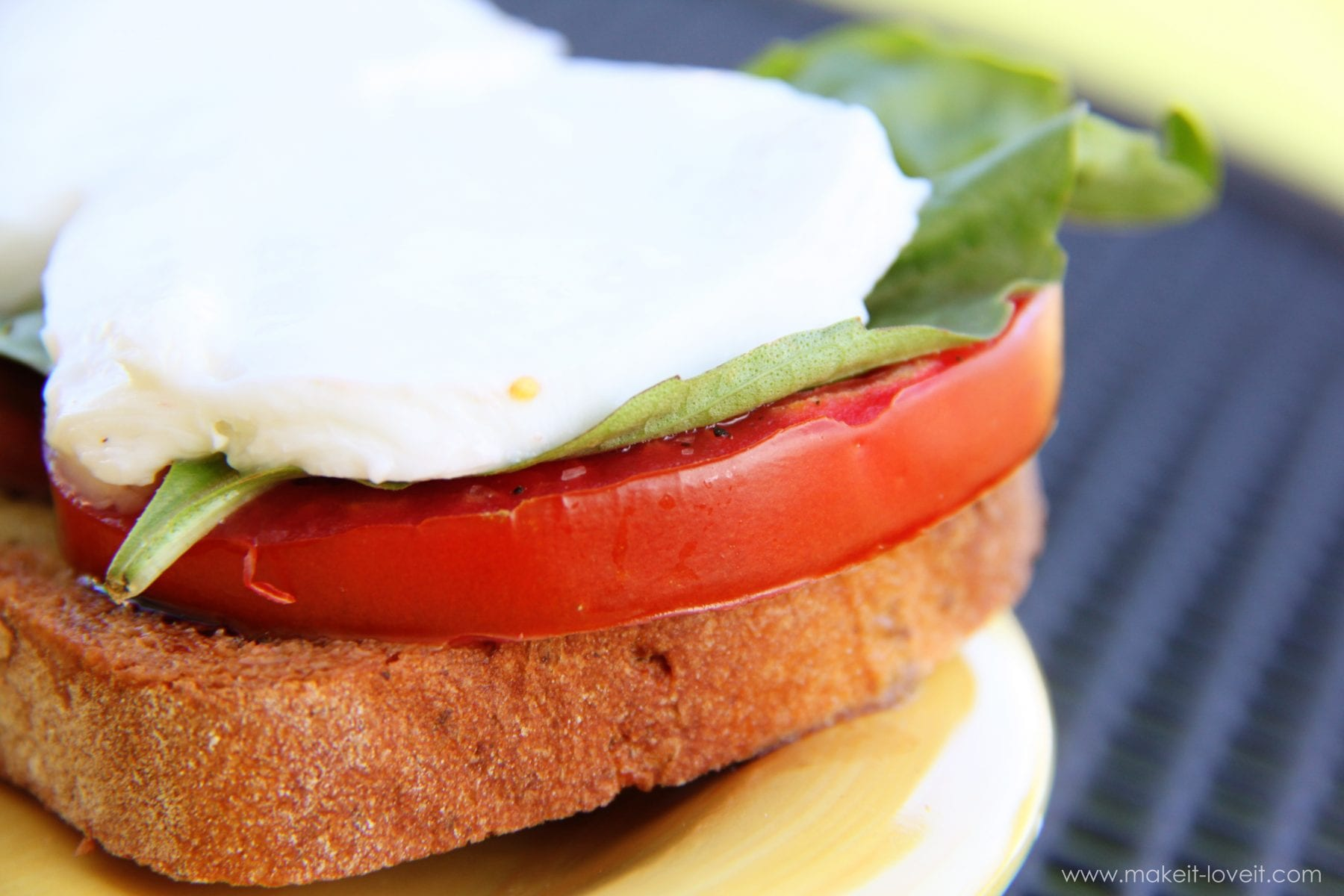 Caprese Sandwich: simple, fresh, delicious
