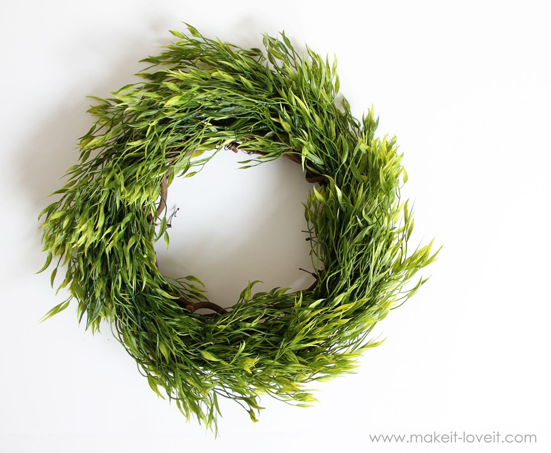 Home Decor: Leafy Foliage Wreath