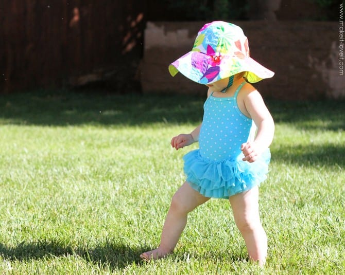 Adding straps to sun hats {velcro or snaps}