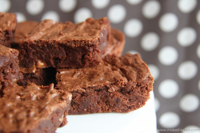Gluten free chewy brownies…..{gluten-eaters won't know the difference!!}