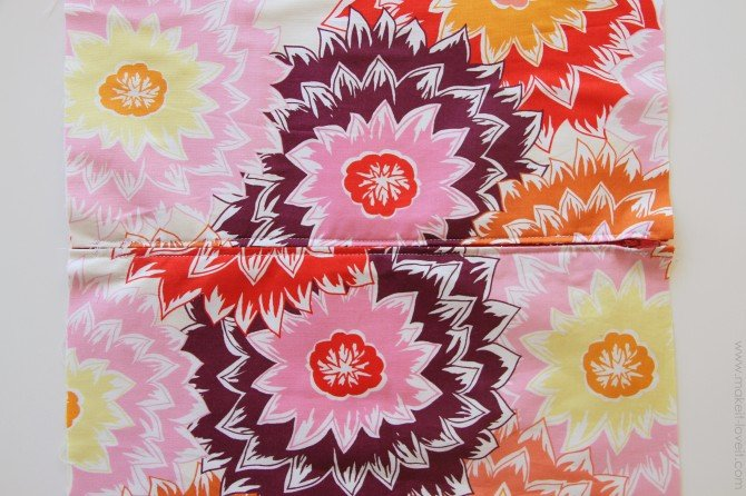 Zippered pillow cover