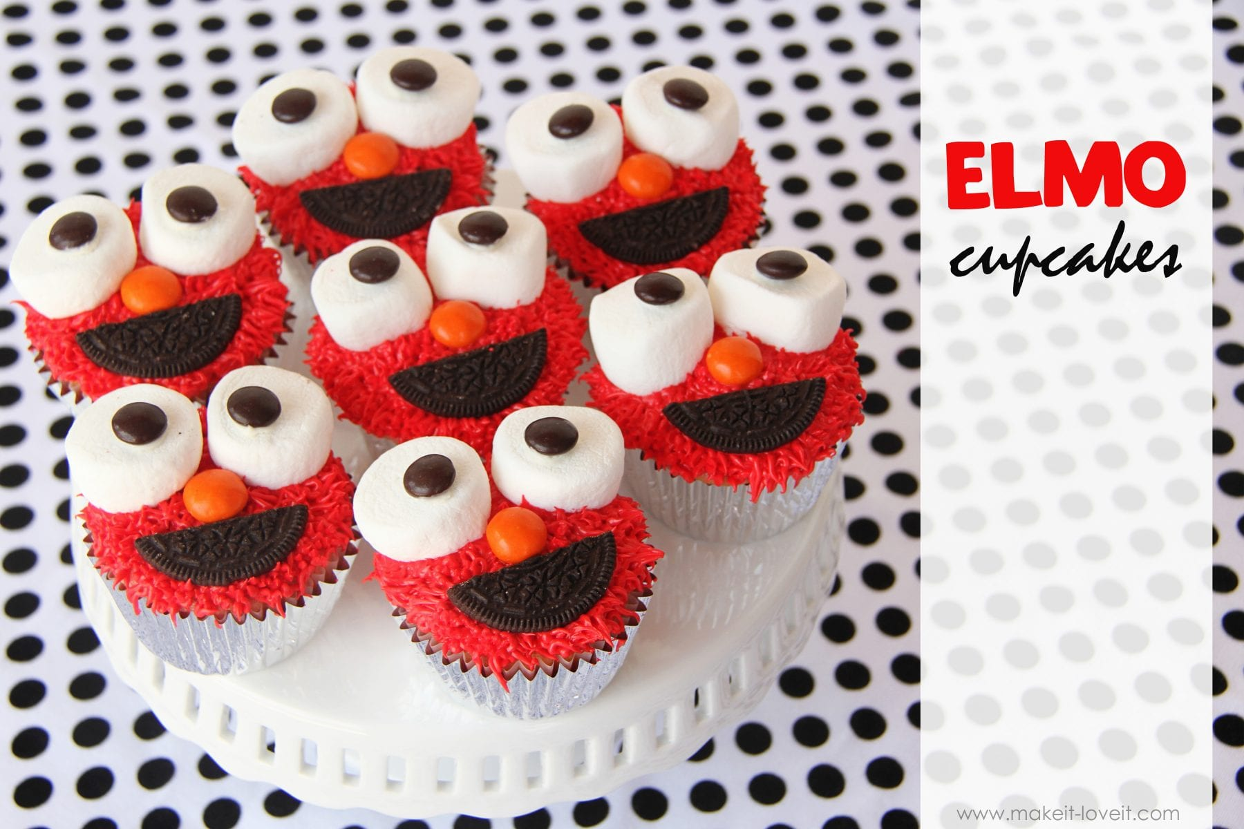Elmo Cupcakesyou know you want one Make It and Love It