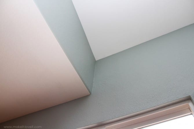 Home improvement: painting a straight line on textured walls (a pro painter's secret)