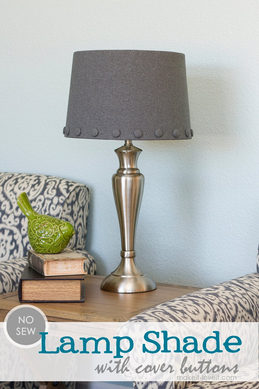 1 lamp shade with cover buttons