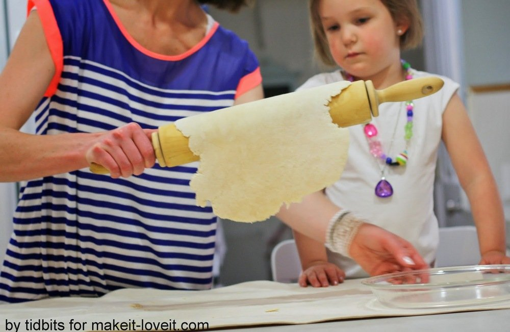 6 Reasons you need a pastry cloth and how to make your own
