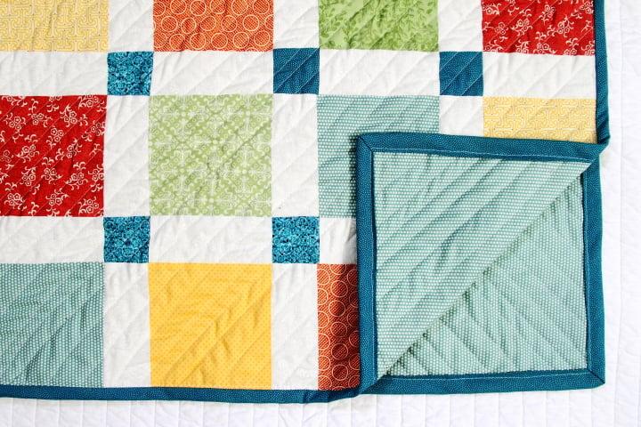 Modern baby quilt tutorial