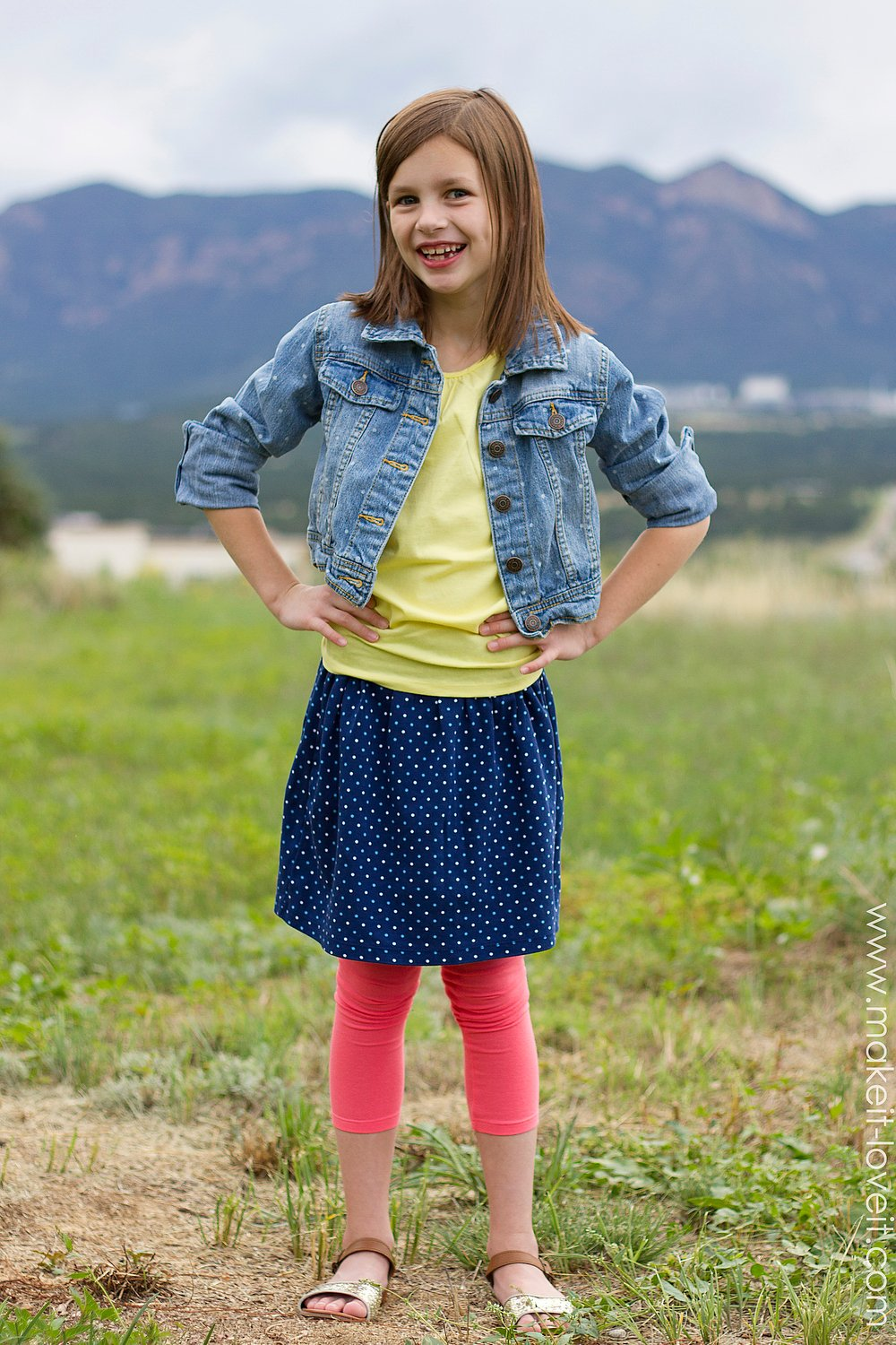 The 10-Minute Skirt (re-purposing old shirts into skirts) --- Make It and Love It