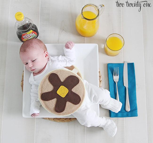 3short-stack-pancake-costume