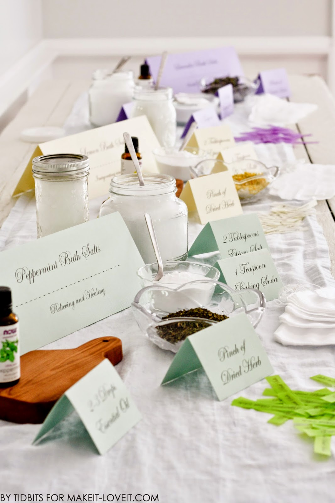 """Host a """"MAKE YOUR OWN BATH SALTS"""" Spa Party.....plus free printables! --- Make It and Love It"""