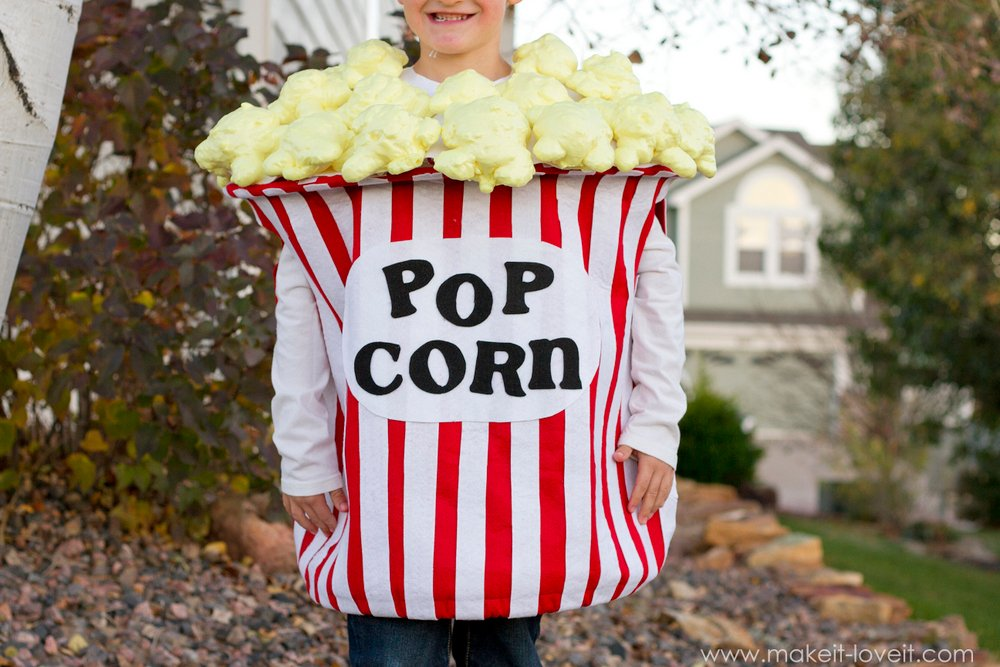 DIY-bucket-of-popcorn-costume-4
