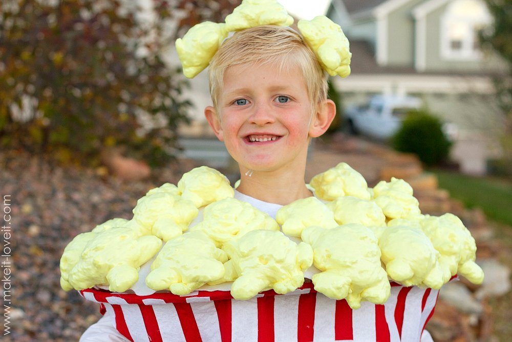 Forget needle and thread -- these creative Halloween costumes are simple to make and require no sewing from start to finish.