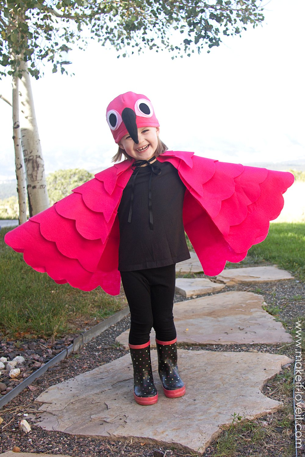 A simple DIY Flamingo Costume.....for any age! --- Make It and Love It