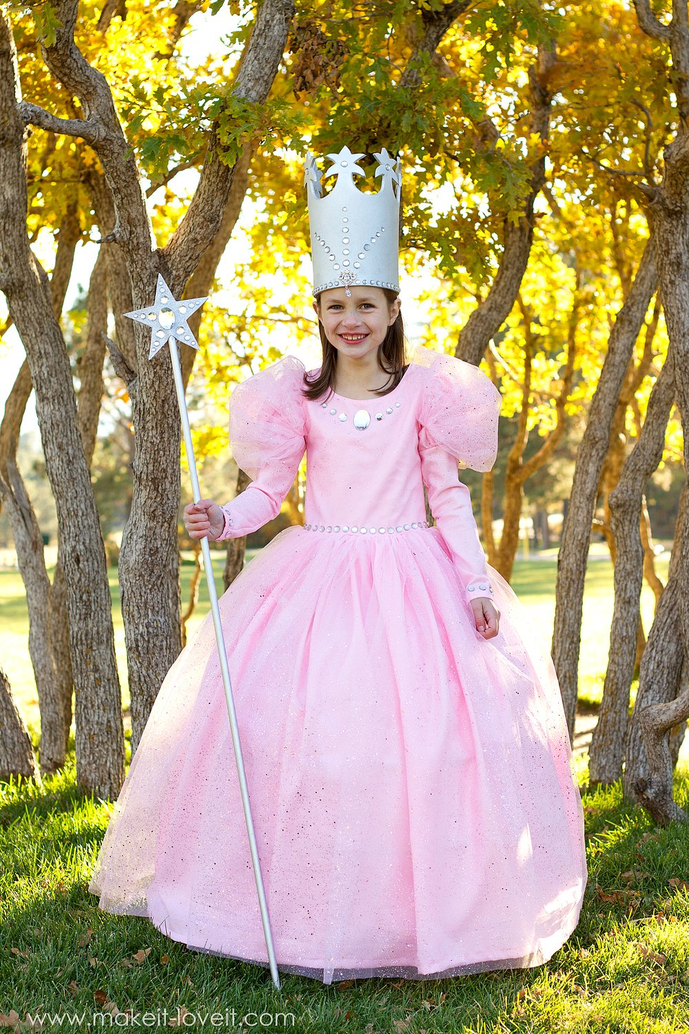 "Glinda the Good Witch (from ""Wizard of Oz"")"