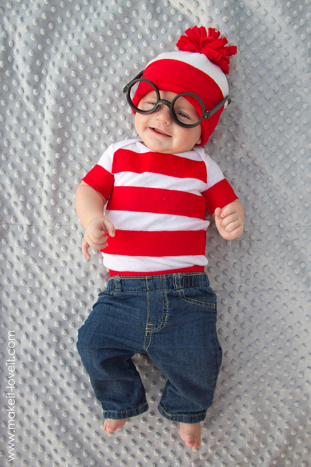 """where's waldo"" costume…in less than an hour!"