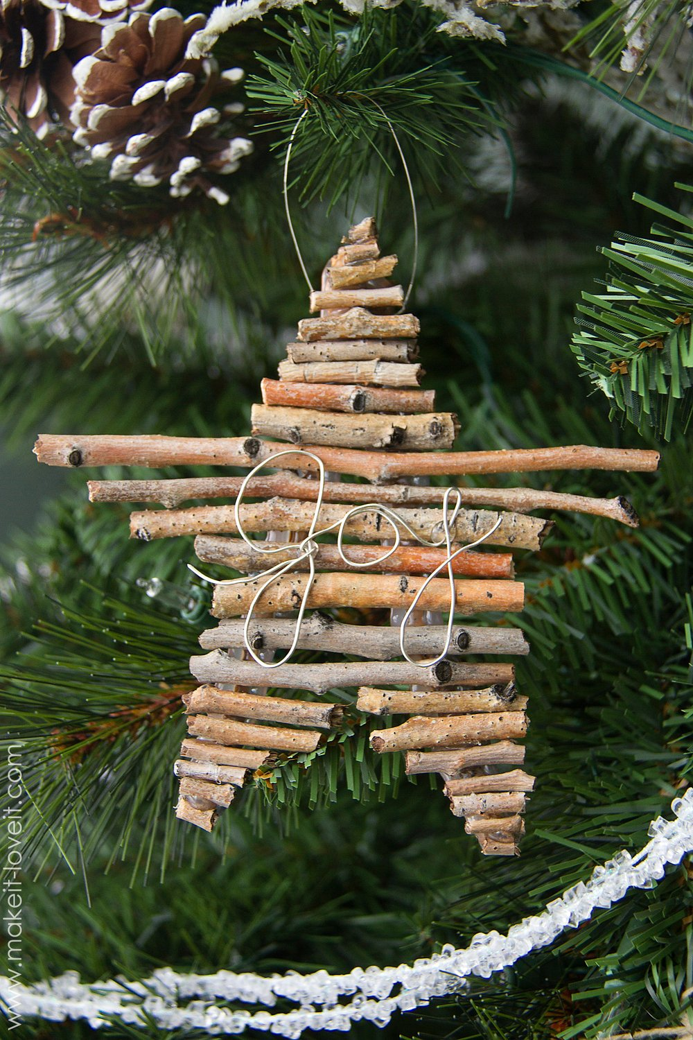 Diy twig and wire christmas ornament 5