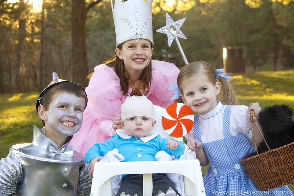 "DIY ""Wizard of Oz"" costumes (Glinda, Tin Man, Dorothy, and Lollipop Munchkin)   via Make It and Love It"