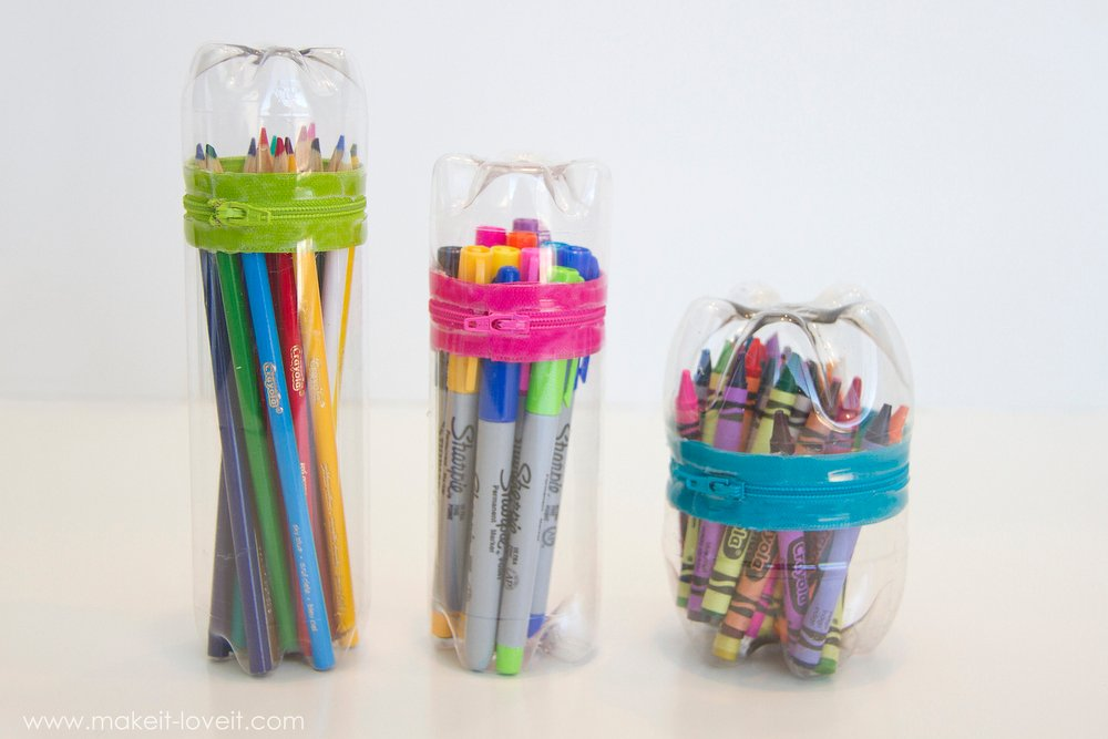 No-Sew Zipper Cases...from old SODA (or water) BOTTLES! |via Make It and Love It
