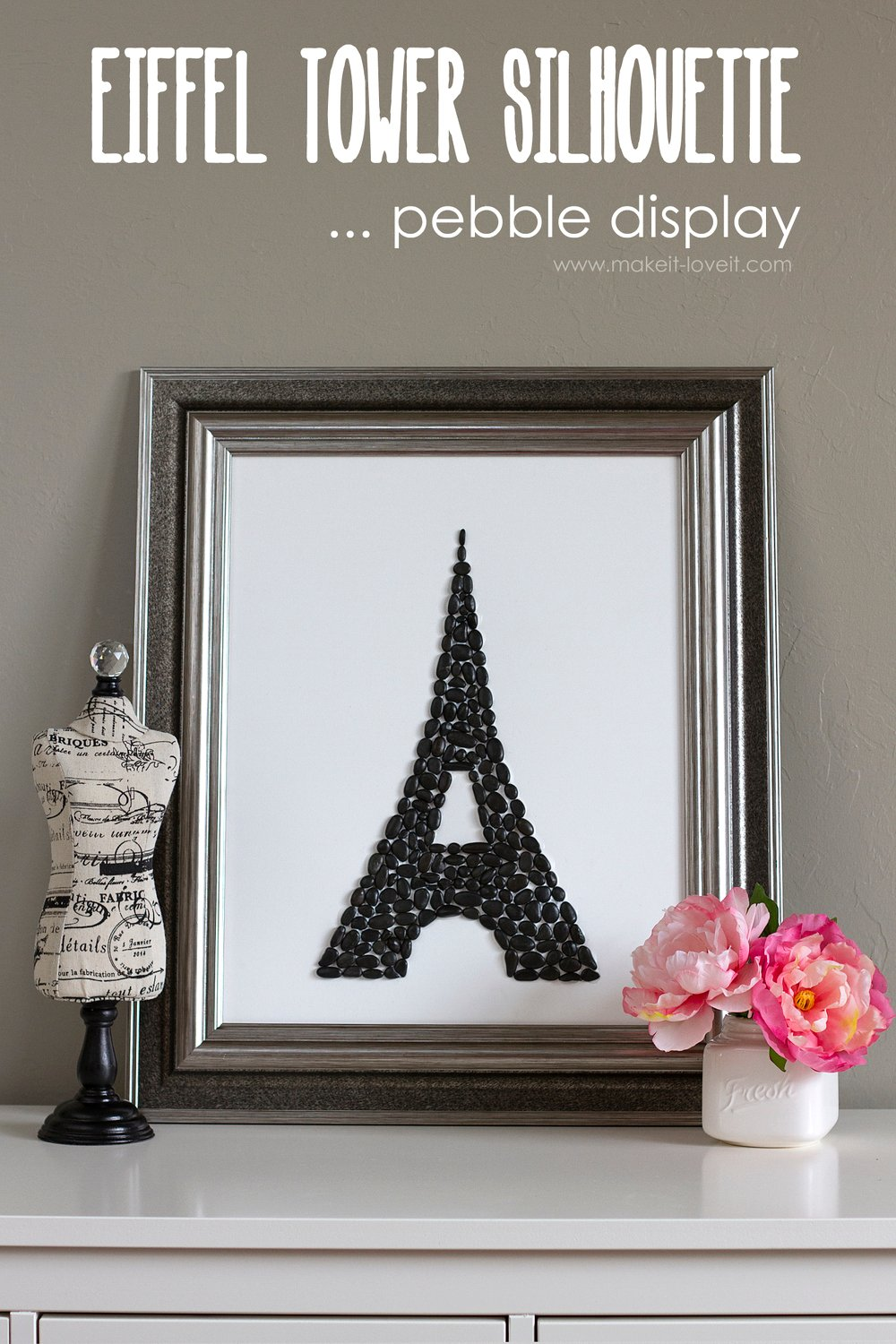 Eiffel tower silhouette — pebble display