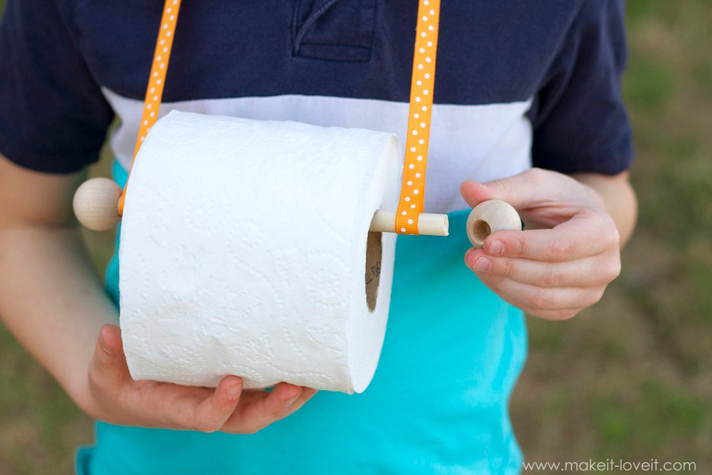 Tissue Dispenser Necklace...a MUST-HAVE for spring!   via Make It and Love It
