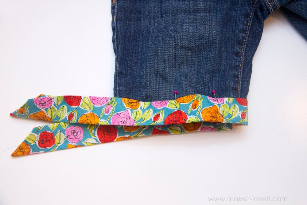 Cut-Off-Jeans-with-Fabric-Hem-and-Side-Knot-18