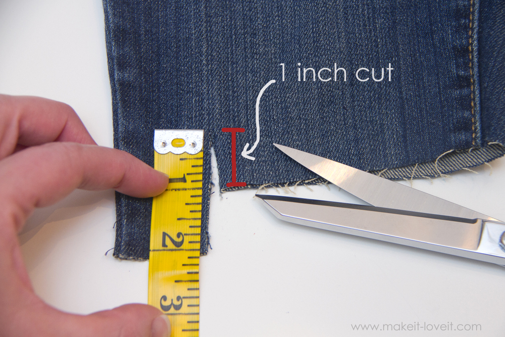 Cut-Off-Jeans-with-Fabric-Hem-and-Side-Knot-4