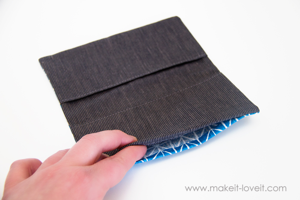 Fabric Checkbook Cover : Fabric checkbook cover with duplicate check divider
