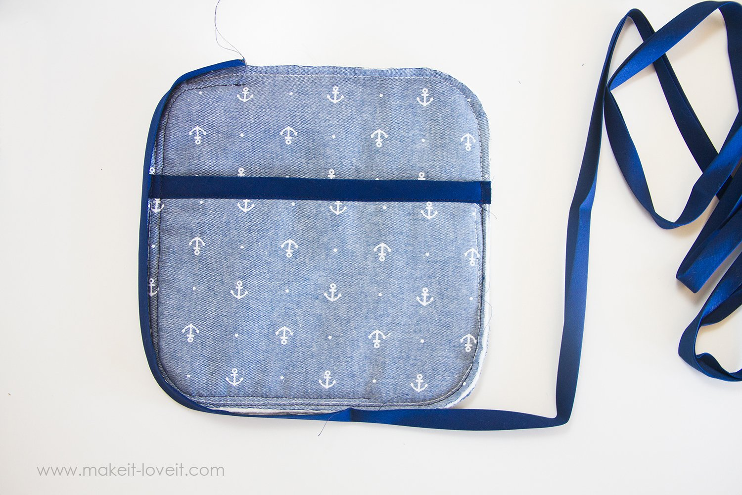 Square-hot-pad-with-pockets-tutorial-11