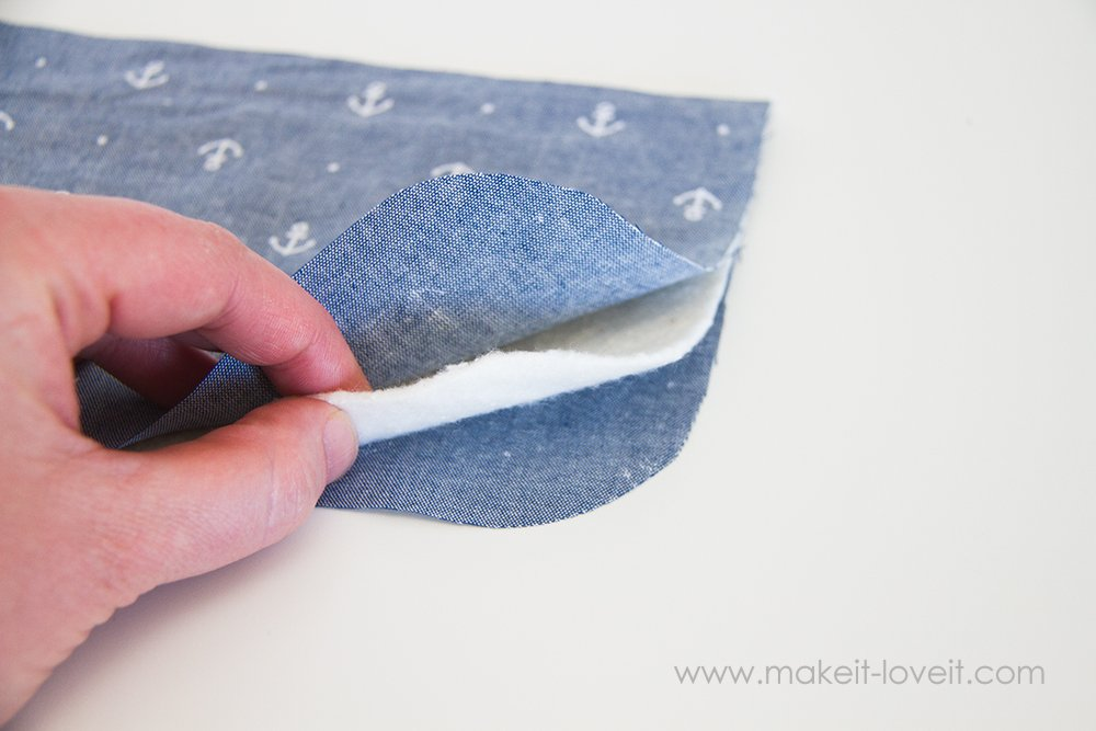 Square hot pad with hand pocket tutorial (5)