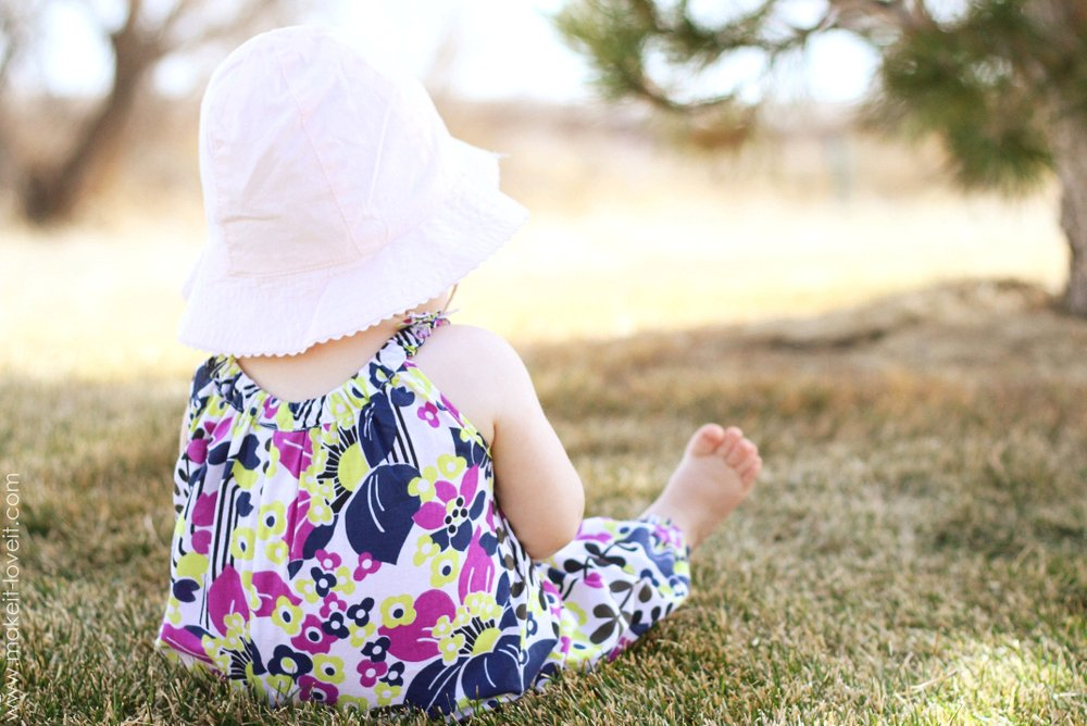 DIY Bubble Romper for Baby: Long Pant style | via Make It and Love It