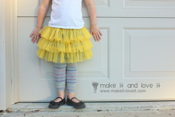 Simpel DIY Fluffy Skirts