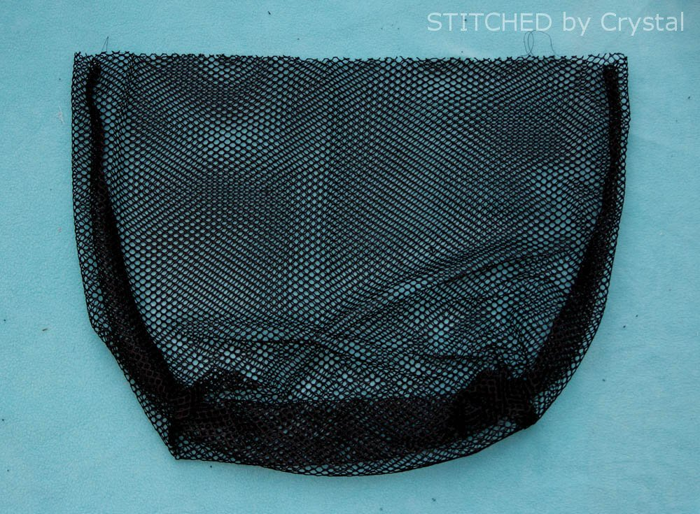 Pool and beach mesh toy bag! makeit-loveit.com