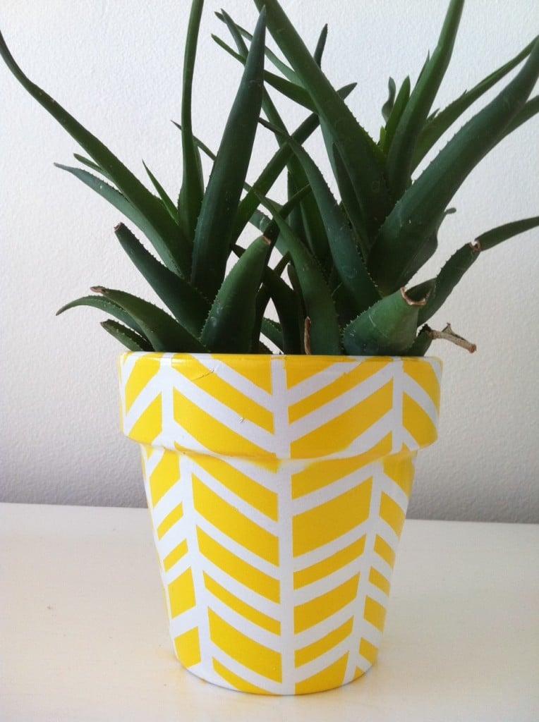 1 herringbone planter