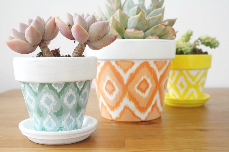 Beautiful 25 Design Ideas to Paint Terracotta Flower Pots SK48
