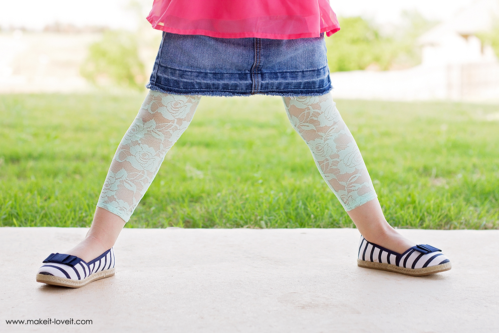 How-To-Make-Stretchy-Lace-Leggings-12