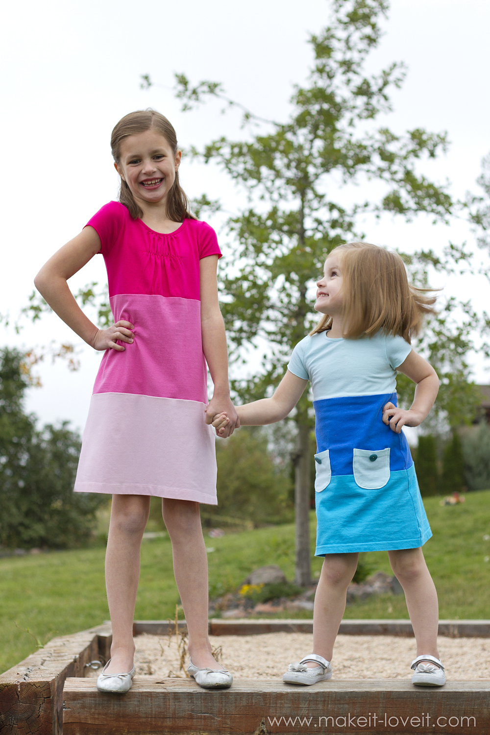 make-a-color-block-dress-with-pockets-3
