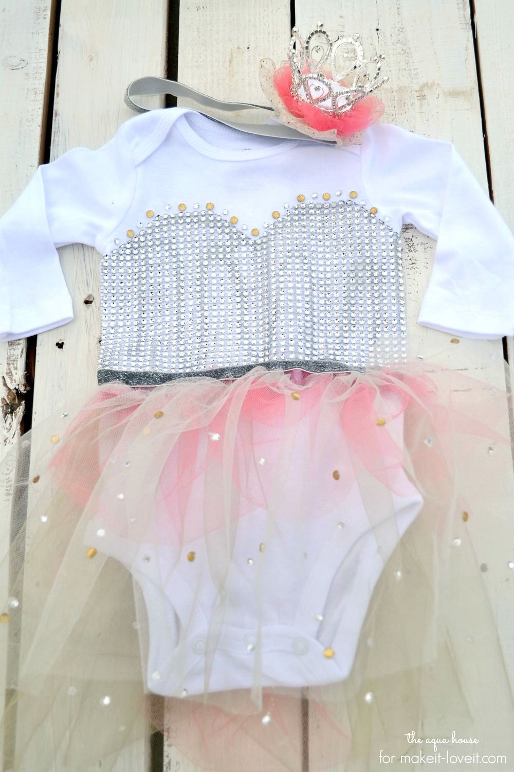 No-sew princess costume…for baby!