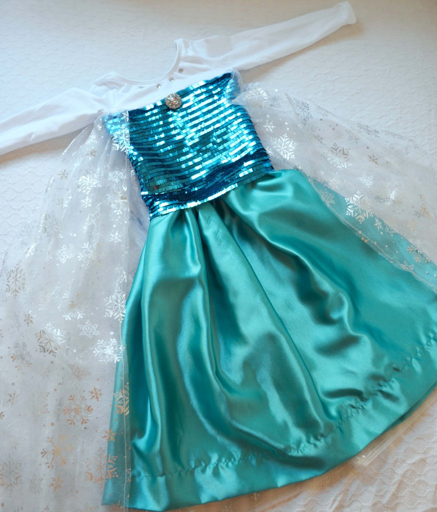 Disney-Frozen-Handmade-Queen-Elsa-Costume-874x1024