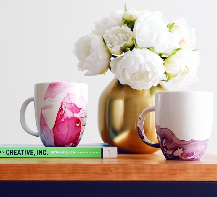 marble-dipped-mugs