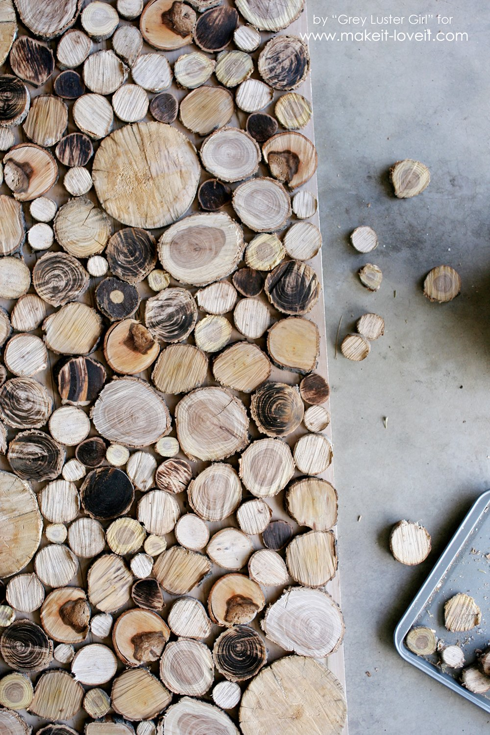 Make Your Own Wood Slice Backdrop (8)