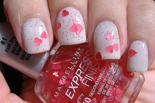Valentines-day-nail-art-idea-Pink-Hearts