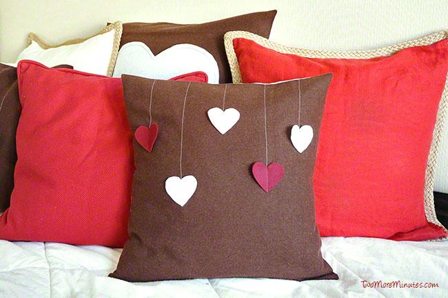 valentine_pillows2