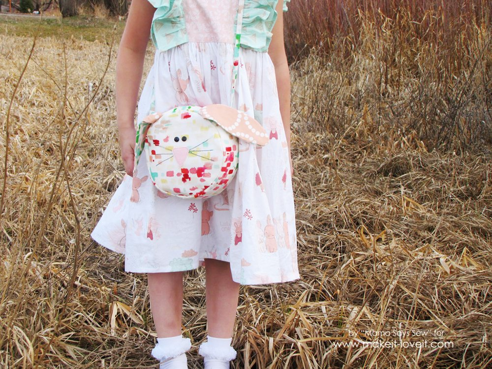 Easy Bunny Purse Tutorial | via Make It and Love It