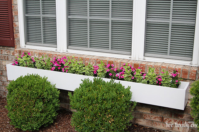 how-to-make-a-window-box-1