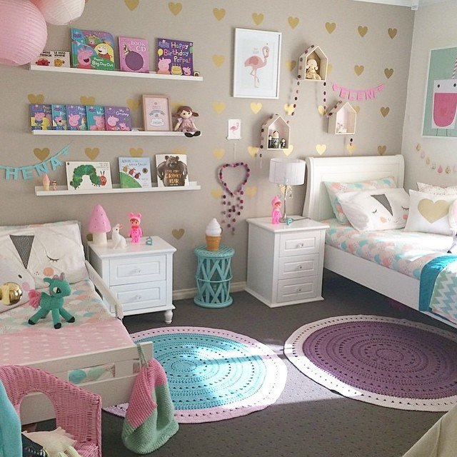 Marvelous Colorful Girl Room With Gold Hearts Via Square Pics.  11371952_856909717732814_1803323759_n