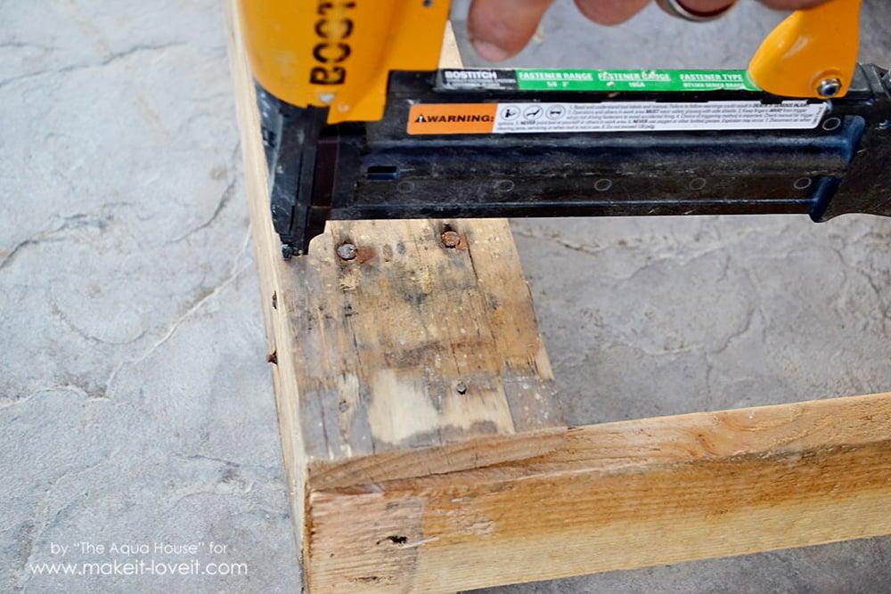 DIY Pallet spice rack (5)