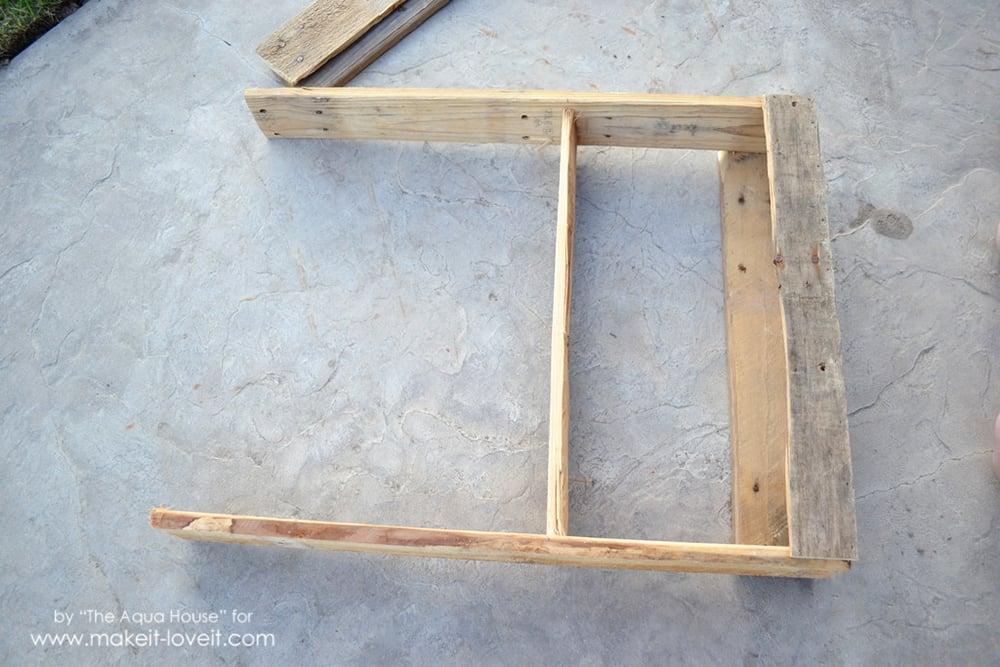 DIY Pallet spice rack (7)