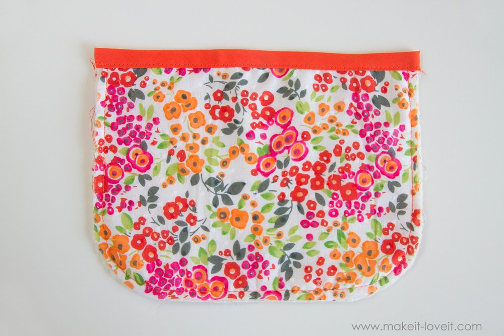 How to make a Double Pot Holder with Hand Pockets 13