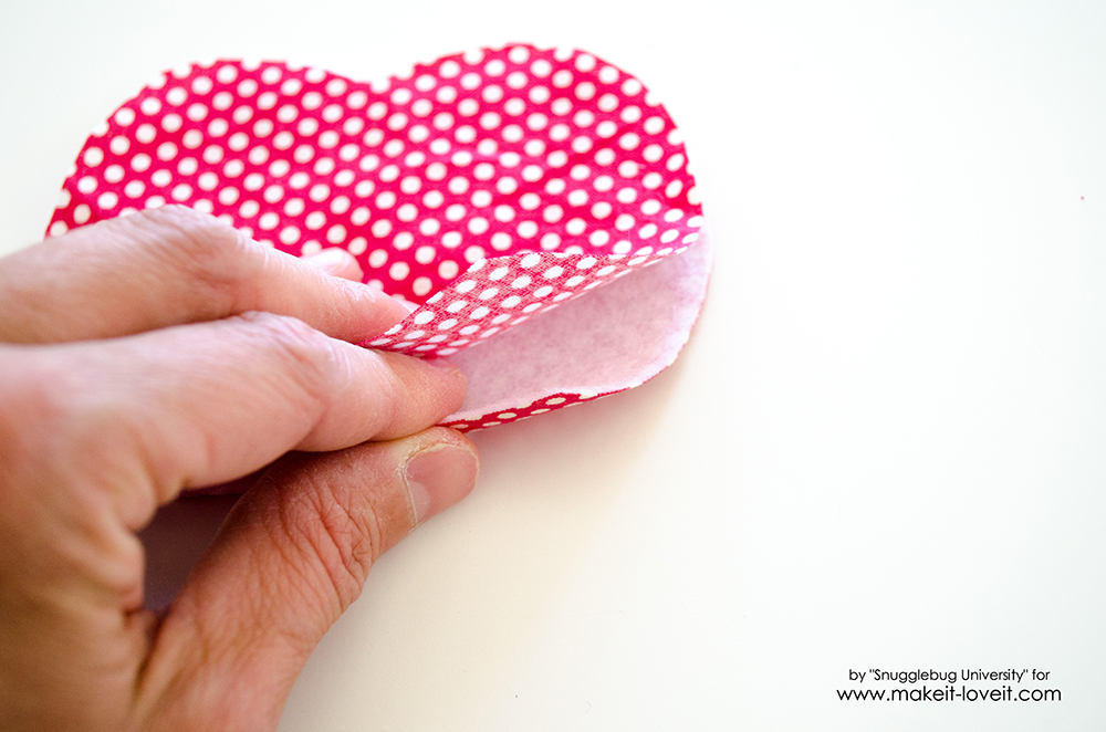 Lunch Money Apple Zippered pouch tutorial (22)