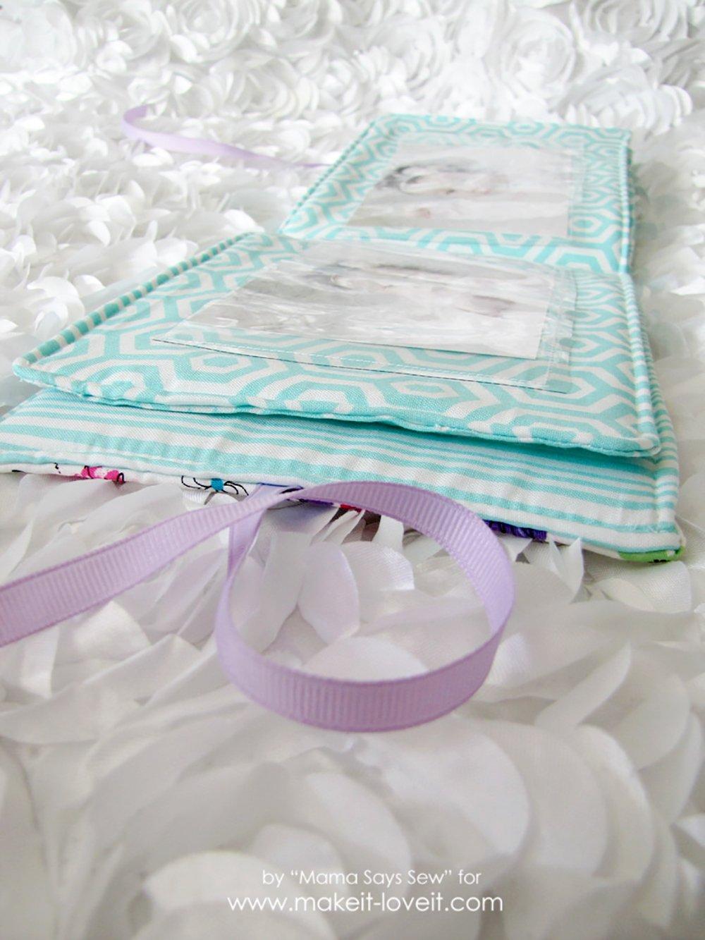 DIY Fabric Photo Album for Baby | via makeit-loveit.com